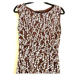 Brown & White Floral Sleeveless Stretch Midi Dress